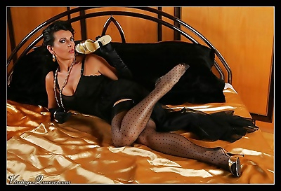 Vintage qeen eve in black stockings and lingerie - part 988