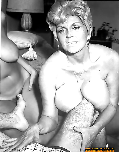 Busty vintage pornstar in her early retro photos fucking - part 916
