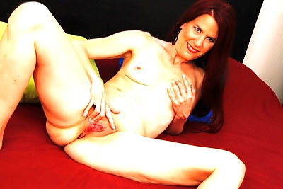 Mature jazmin coxx strips naked and fingers her shaved snatch - part 14