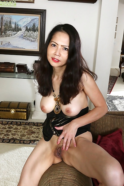 Exotic emmeline johnson undresses and spreads her juicy pussy - part 235