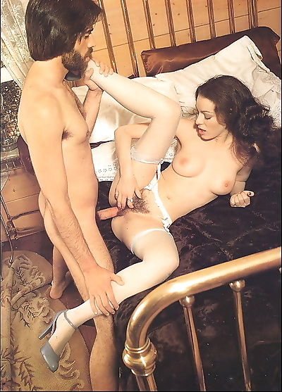 Hairy vintage chick annette haven sucks and fucks - part 846