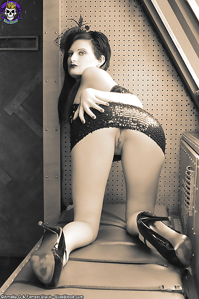 Retro classic gothic showgirl annika amour lifts her sequin skir - part 481